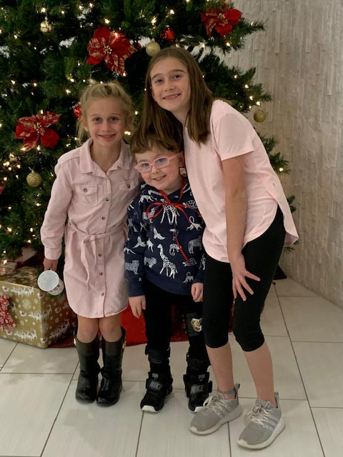 Kids Photo with Christmas Tree
